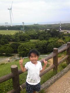 海・灯台・風力発電